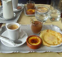 Café gourmand in Paris by Caroline Clarkson