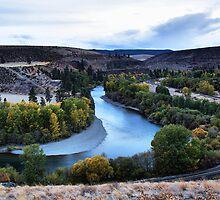 Fall on the Yakima by Mike  Kinney