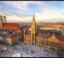 Marienplatz in Munich by jonshock