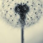 tiny flower with a big heart by Ingz