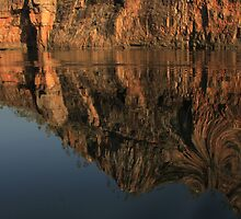 Reflections at Katherine Gorge  by myraj