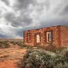 Old ruined house at Silverton, Australia by susantrigg