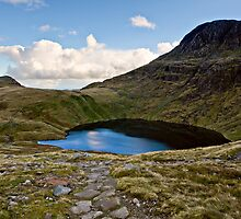 Angle Tarn - Rossett Pike, Cumbria by David Lewins