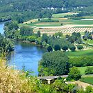 Valley of the Dordogne river, France by simonescott