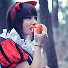 Snow White2 by LiveToLove4ever