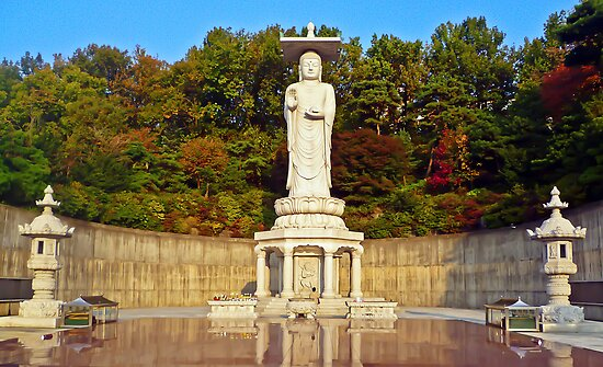 Mireuk Daebul (Great Statue of Maitreya Buddha at Bongeunsa) by TonyCrehan