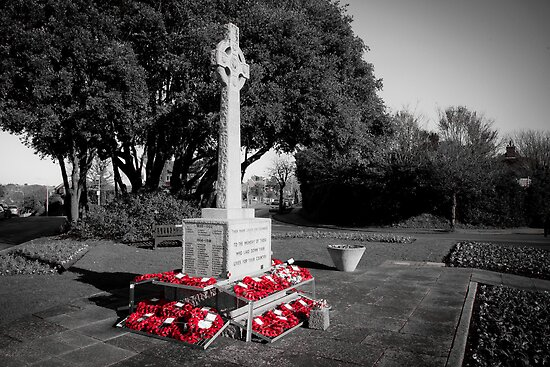 Seaford War Memorial, East Sussex, UK by DJ-Stotty