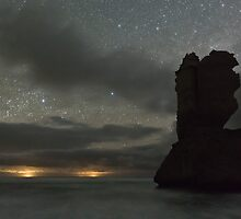 An Apostle from Gibsons Beach in Starlight by pablosvista2