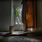 Urbex Bedroom. by tiggertastic
