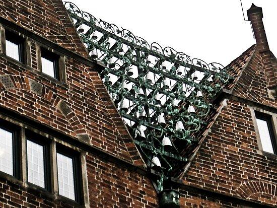 Bremen Glockenspiel by A.David Holloway