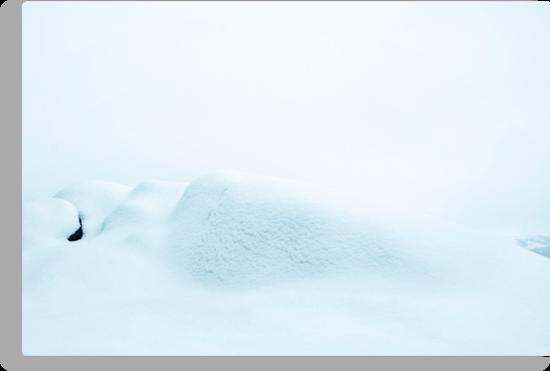 Snø by Bjarte Edvardsen