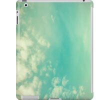 Vinatge - Retro Blue Sky iPad Case/Skin