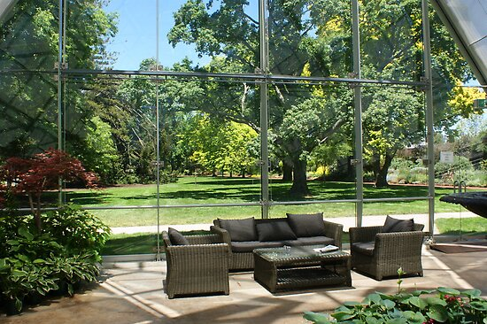 Ballarat Botanical Gardens conservatory by BronReid