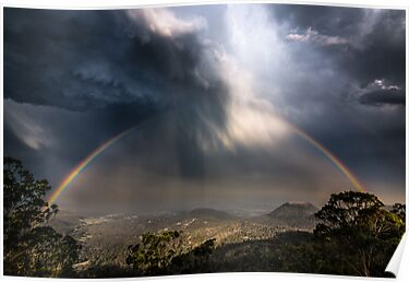 Epic stormcloud rainbow by Tim Swinson