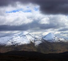 Ben More and Stob Binnein by beavo