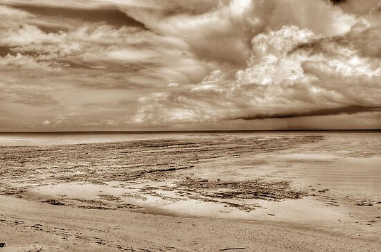 Storm coming from the East at Yamacraw Beach in Nassau, The Bahamas by 242Digital