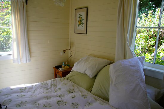 Lyness cottage bedroom by jayview