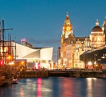 Albert Docks, Liverpool by Stephen Knowles