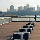 Between Manhattan and Brooklyn by jimmylu