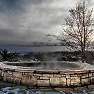 hot TUB by grsphoto