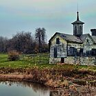 Star Barn Pennsylvania by Val Dunn