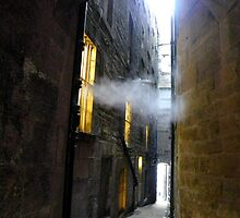 Off the Royal Mile, mysterious mist in a close by Aaron McKenzie