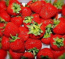 Strawberries  by AnnDixon