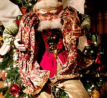 Old Fashioned Santa by phil decocco