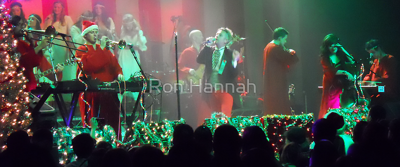 Polyphonic Spree Holiday Set 2012-12-06 by Ron Hannah