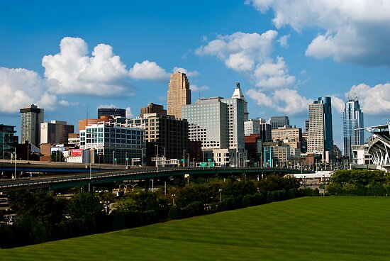 Cincinnati Skyline 9 by Phil Campus