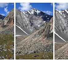 Triple peaks II by zumi