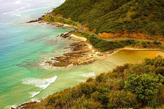 Great Ocean Road, Victoria by Pauline Tims