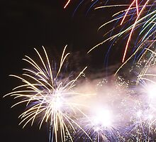 Melbourne Docklands Fireworks display by wilsonsz