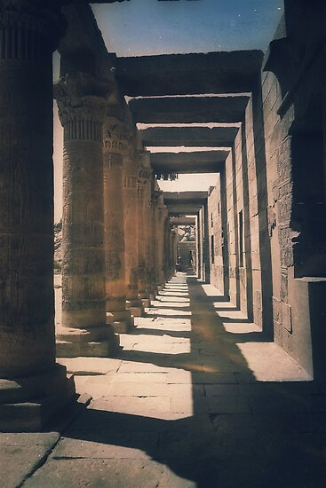 Colonnade, Philea temple by Siegeworks .