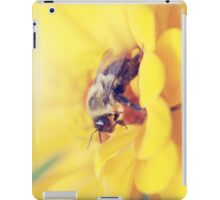 Bee on Yellow iPad Case/Skin