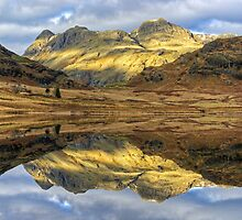Langdale Reflections by VoluntaryRanger