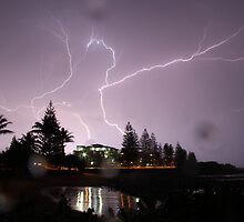Crawler lightning over Bargara by Paul  Donaldson
