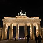 Brandenburg gate by pahas