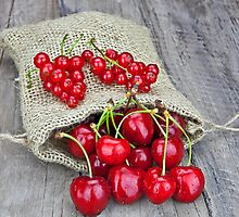 Currants and cherries by Joana Kruse