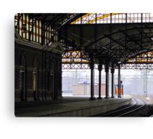 Railway station 'Holland Spoor' Canvas Print