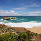 London Bridge~Great Ocean Rd by Fiona Kersey