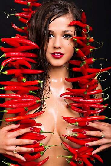 Chilli Too by skorphoto