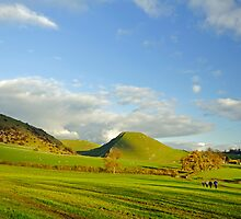 The Walk Between Ilam and Dovedale by Rod Johnson