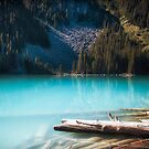 Middle Joffre Lake - Joffre Lakes Provincial Park -  British Columbia by Yannik Hay