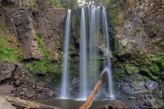 Hopetoun Falls by Julie  White