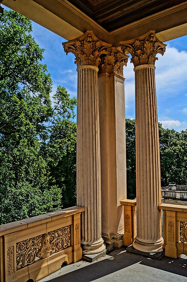magnificent columns, HDR Photo by Alexander Drum