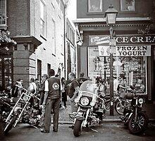 Street Scene in Old Towne Alexandria, VA by Bine