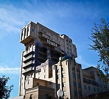 Hollywood Tower of Terror - Disneyland Paris by Lee Jones
