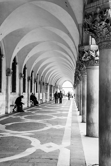 Underneath the archway by MorganaPhoto