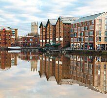 Gloucester docks by Jeff  Wilson